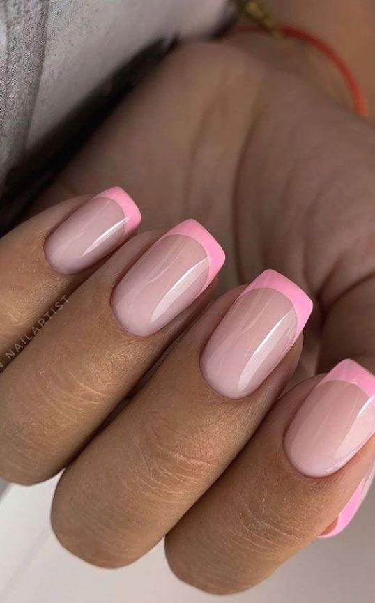 παραλλαγή_γαλλικού_μανικιούρ_σε_ροζ_χρώμα_