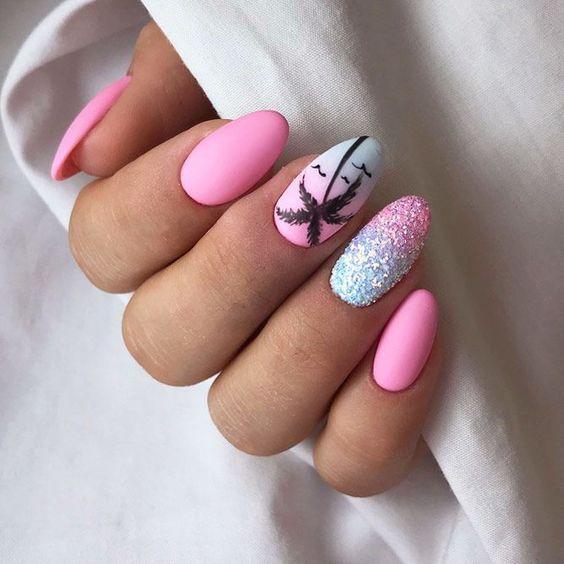 ροζ νύχια_με_γκλίτερ_και_φοίνικες_