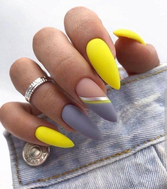 κίτρινα_και_γκρι_νύχια_