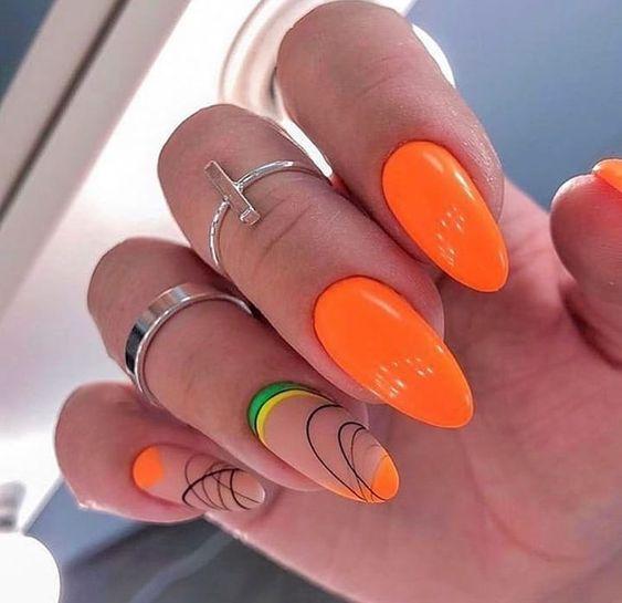 πορτοκαλί_μανικιούρ_με_σχέδια_