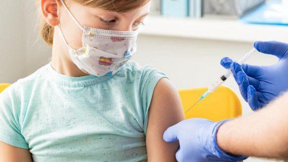 Ευρωπαϊκός Οργανισμός Φαρμάκων: Έγκριση για εμβολιασμό παιδιών 12-15 ετών με Pfizer
