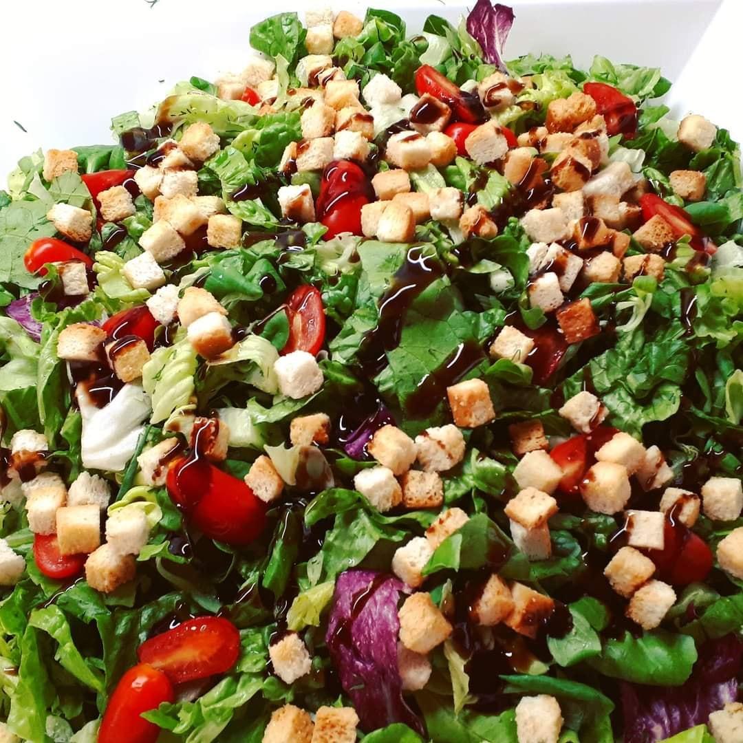 Πράσινη σαλάτα_με_σάλτσα βινεγκρέτ_