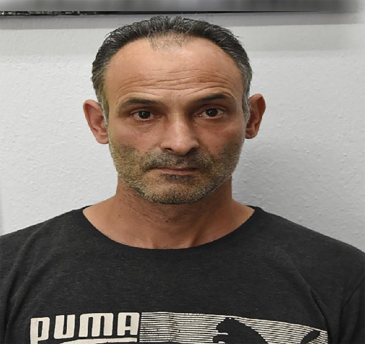 Δειτε τον 44χρονο που κατηγορείται ότι βίασε 15χρονη στη Λιβαδειά