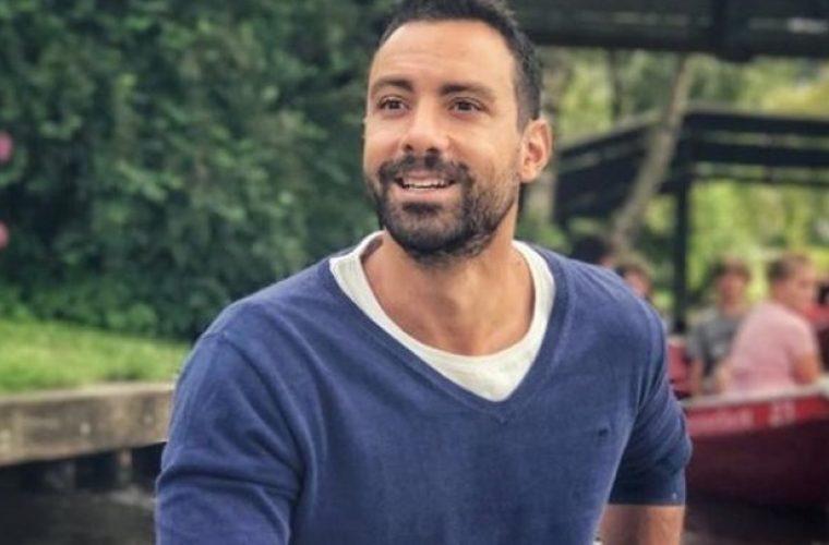 Ο Σάκης Τανιμανίδης συναντήθηκε με τα αδέρφια του και θυμήθηκαν τα παλιά! (εικόνες)