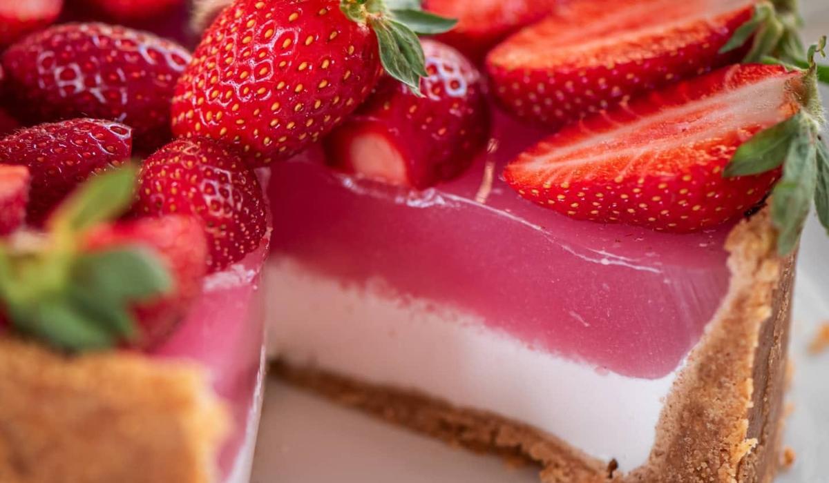 Γιαουρτογλυκό με ζελέ φράουλας Χωρίς ζάχαρη_