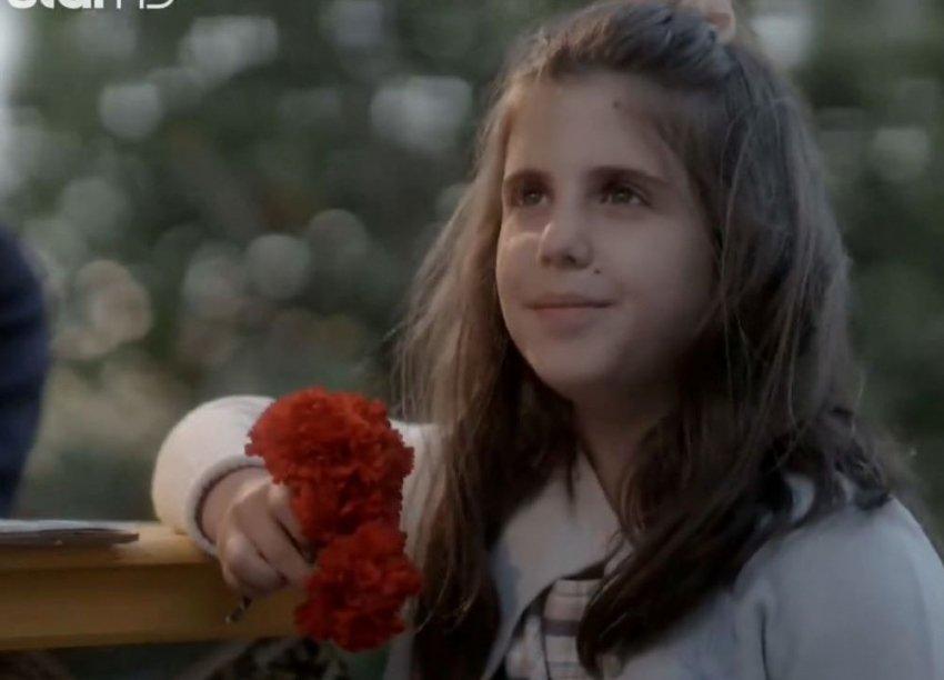 Η κόρη του Γιώργου Γάλλου έπαιξε στις Άγριες μέλισσες και δεν πήραμε χαμπάρι