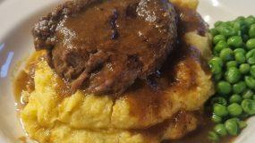 Brasato al Barolo : Η συνταγή για μοσχάρι που θα σας εντυπωσιάσει