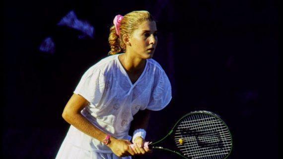 Με μια λεπίδα 9 ιντσών. Η μαχαιριά που οδήγησε το κορίτσι-θαύμα του τένις στην ψυχογενή βουλιμία