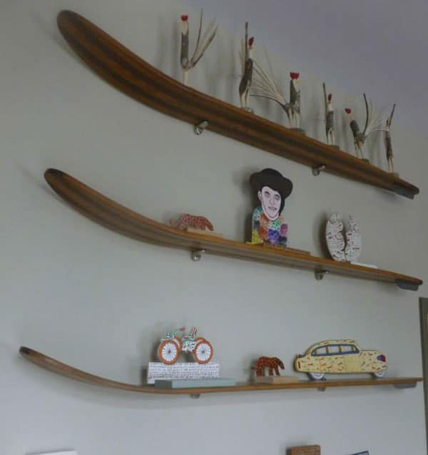 diy_ράφια_από_σανίδες skateboard_