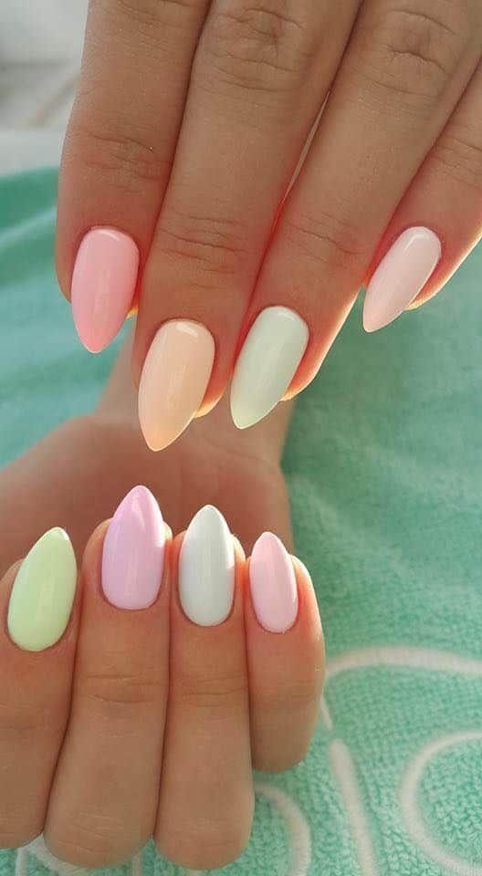 ροζ_πορτοκαλί_και_θαλασσί_χρώματα_στα_νύχια_παστέλ_