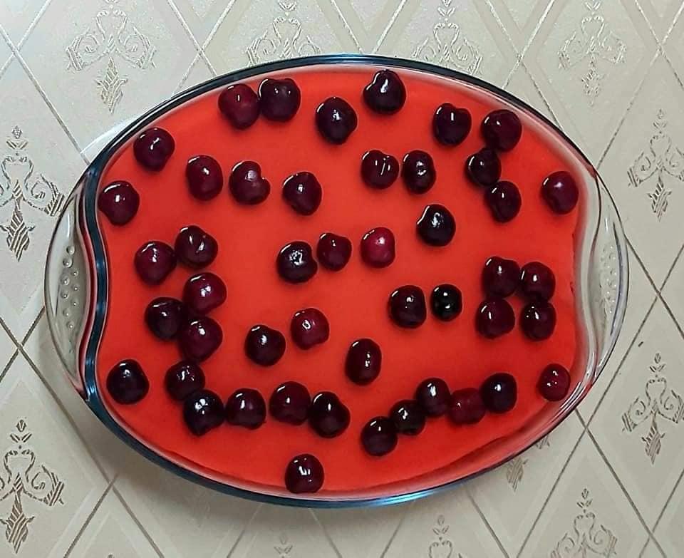 γλυκό ψυγείου_με ζελέ_κεράσι_