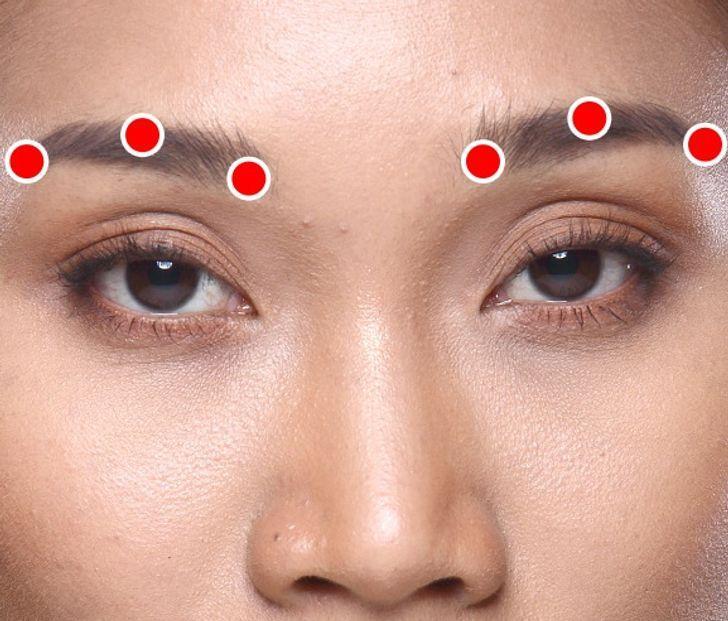 ιαπωνική_άσκηση_μασάζ Σιάτσου_για_να_εξαφανίσετε_τις_ρυτίδες_στα_μάτια_