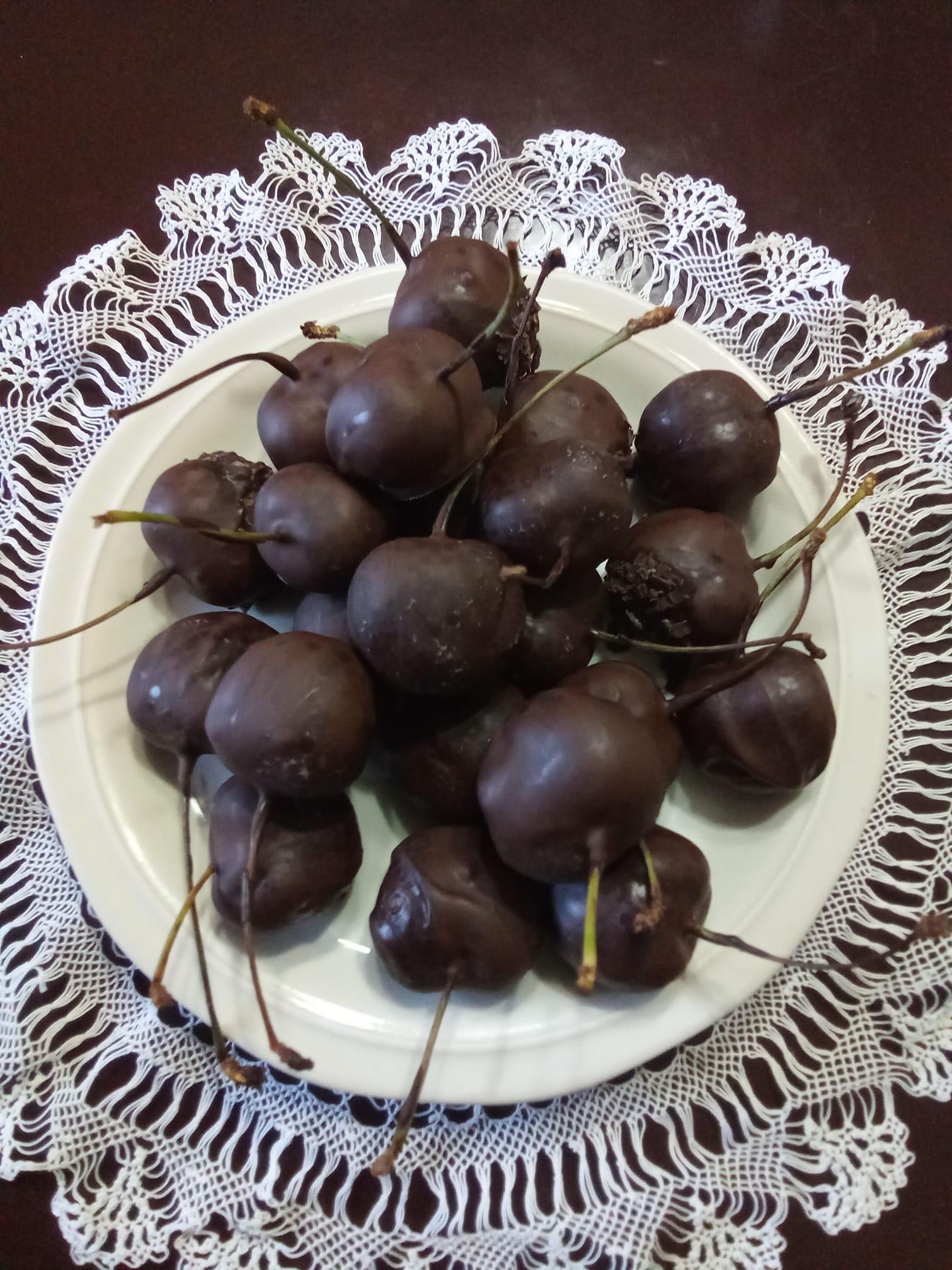 Σοκολατάκια_με κεράσι_