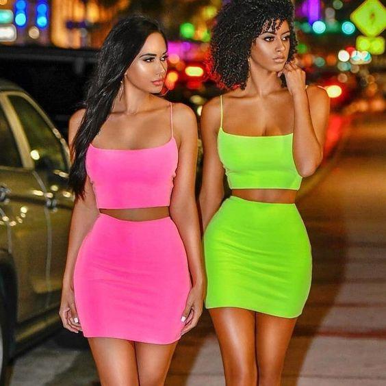 neon_χρώματα_στα_ρούχα_
