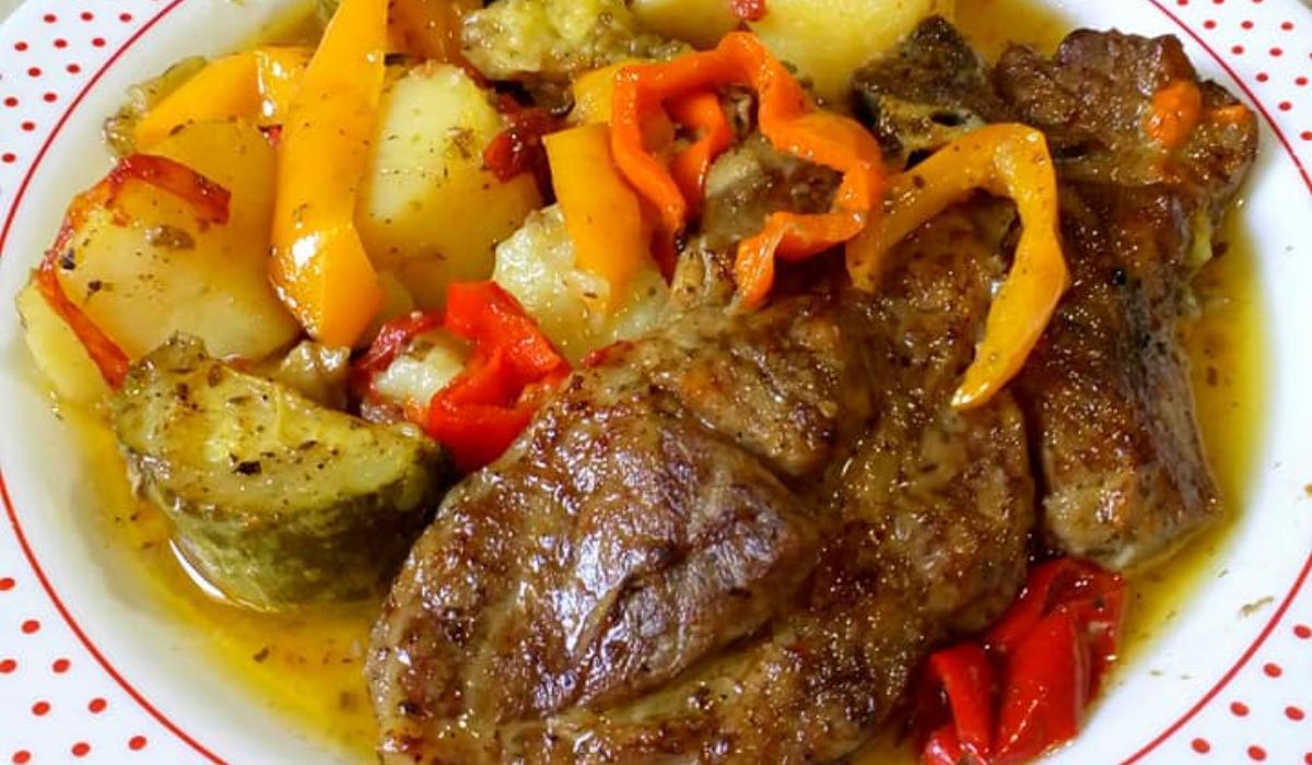 Μπριζολακια_με λαχανικά_στο φούρνο_Μπριζολακια_με λαχανικά_στο φούρνο_