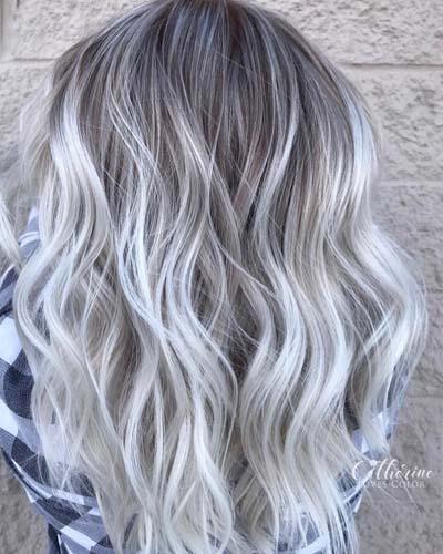 λευκές_ανταύγειες_σε_ξανθά_μαλλιά_