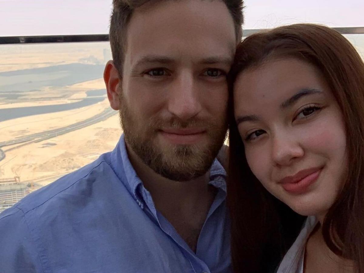 Γλυκά νερά : Η φωτογραφία πριν την δολοφονία της Καρολαιν και το κρυφό ημερολόγιο της