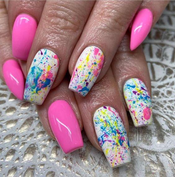ιδέες_για_νύχια_σε_ροζ_χρώμα_