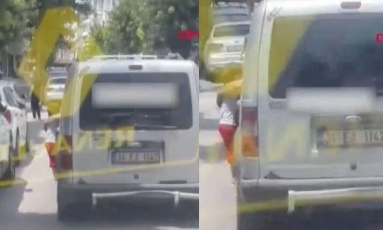 Σοκ : Κρέμασε το 3χρονο παιδί  του από το παράθυρο του αυτοκινήτου για τιμωρία