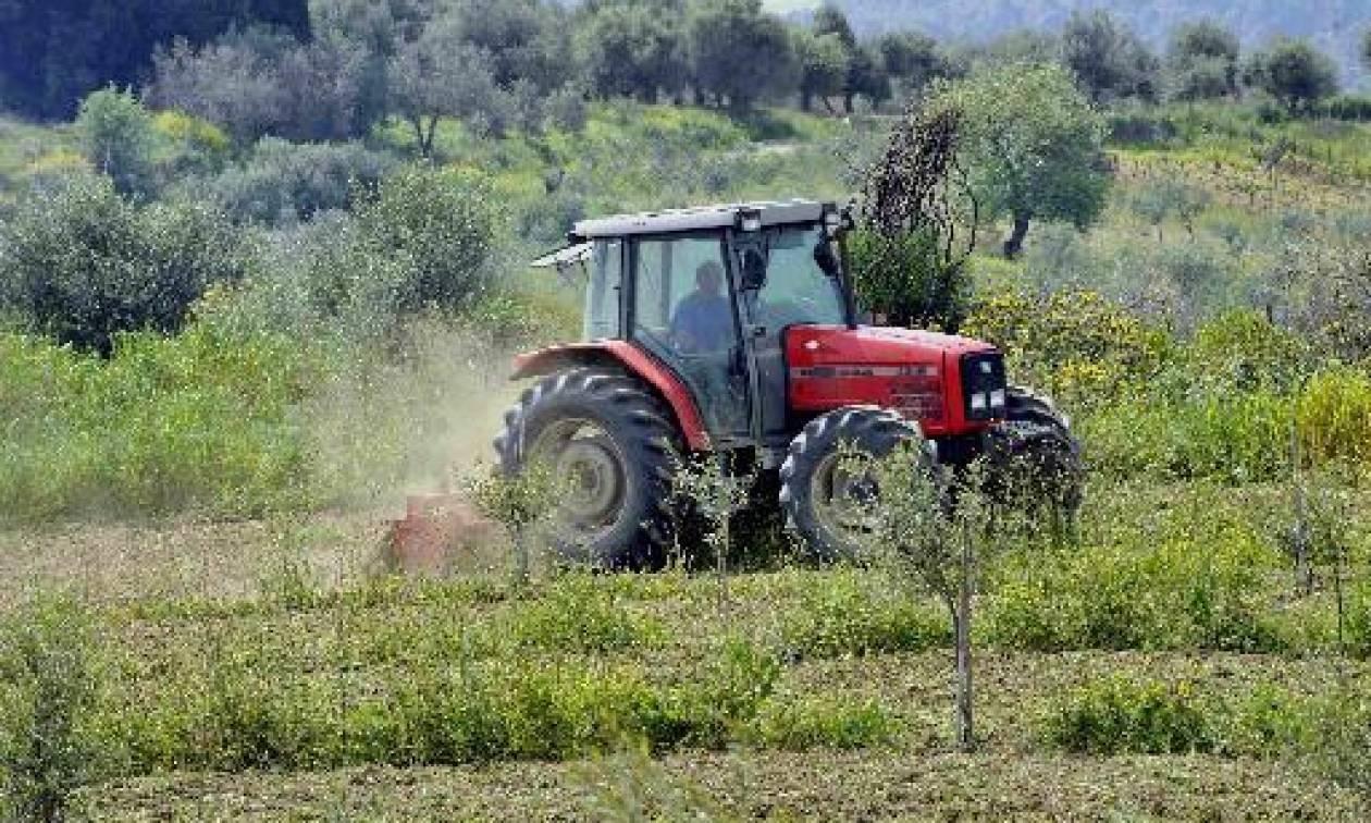 Αγρότης καταπλακώθηκε από μηχάνημα συγκομιδής πατάτας