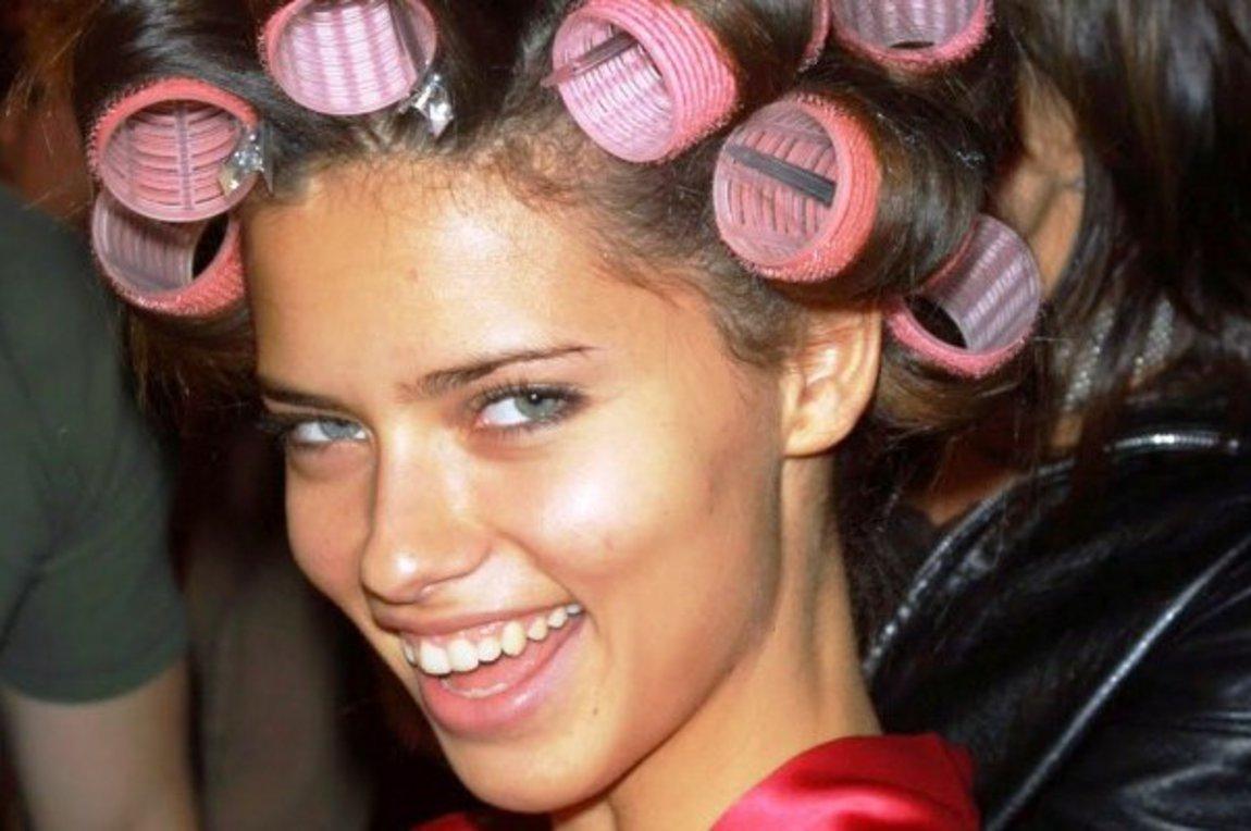 μπούκλες με ρόλεϋ για τα μαλλιά