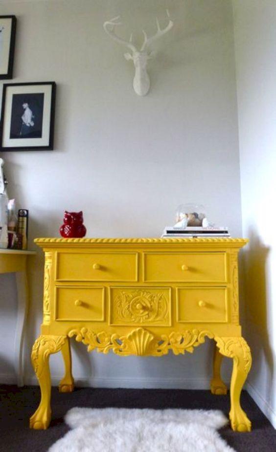 κίτρινο_vintage_έπιπλο_