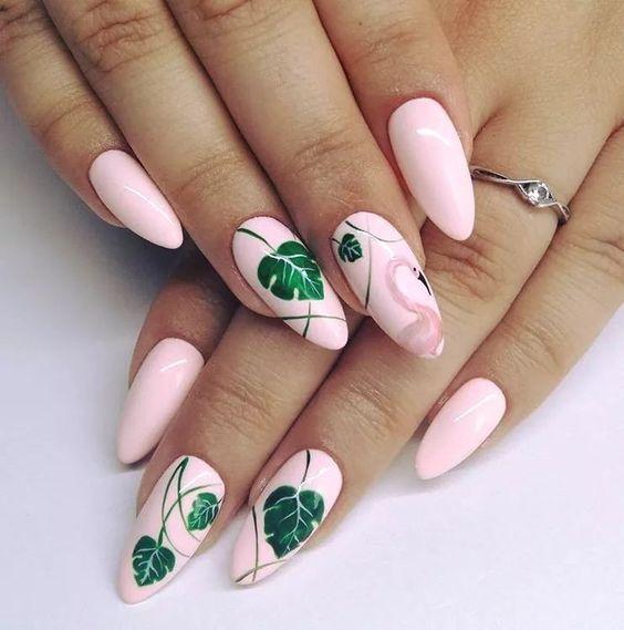 ροζ_νύχια_με_ζωγραφισμένα_φύλλα_