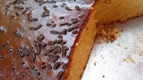 Κέικ_με γλάσο_στο ταψί_
