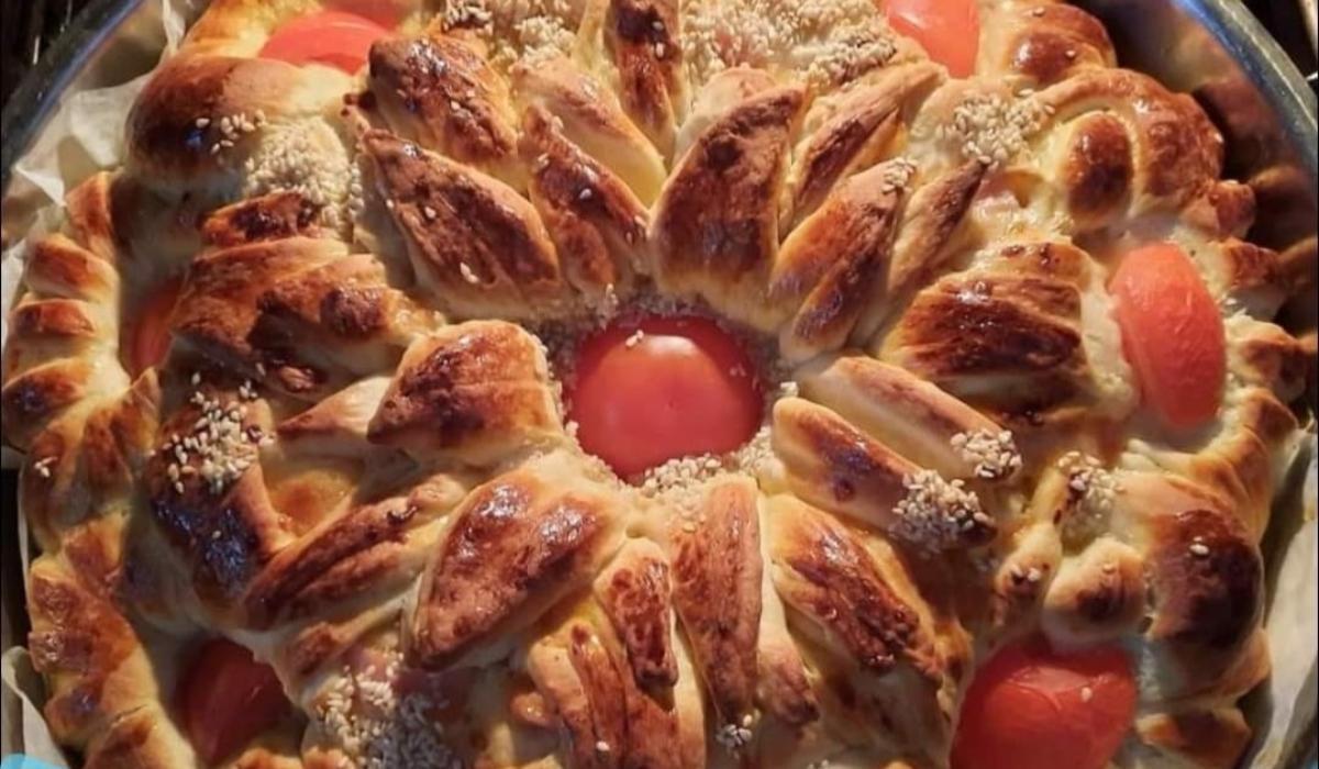Αφράτο ψωμί με γαλοπούλα και κασέρι_