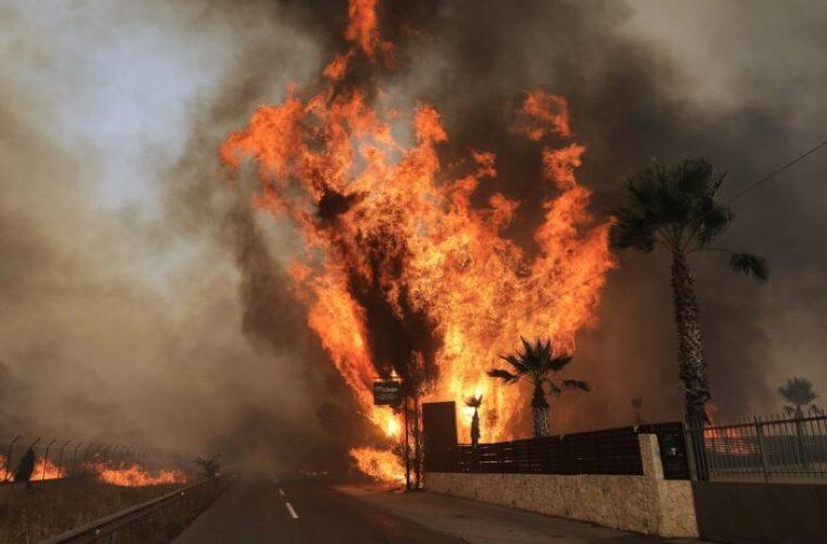 Υπουργείο Υγείας: Οδηγίες για την αντιμετώπιση ατμοσφαιρικής ρύπανσης από αιωρούμενα σωματίδια λόγω φωτιάς