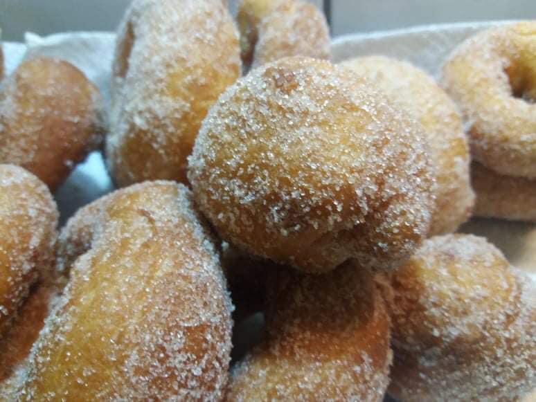 Bampolini_Ιταλικοί_λουκουμάδες_με ζάχαρη_