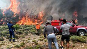 Φωτιά Εύβοια: Τραυματίστηκε πυροσβέστης