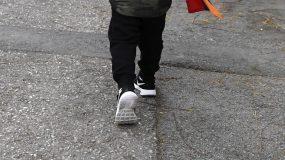 Πάτρα: Εντοπίστικε 6χρονος να περπατάει μόνος του – Αναζητούνται οι γονείς