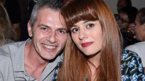 Ο Μάριος Αθανασίου παντρεύτηκε με τη σύντροφό του στην Πύλο!