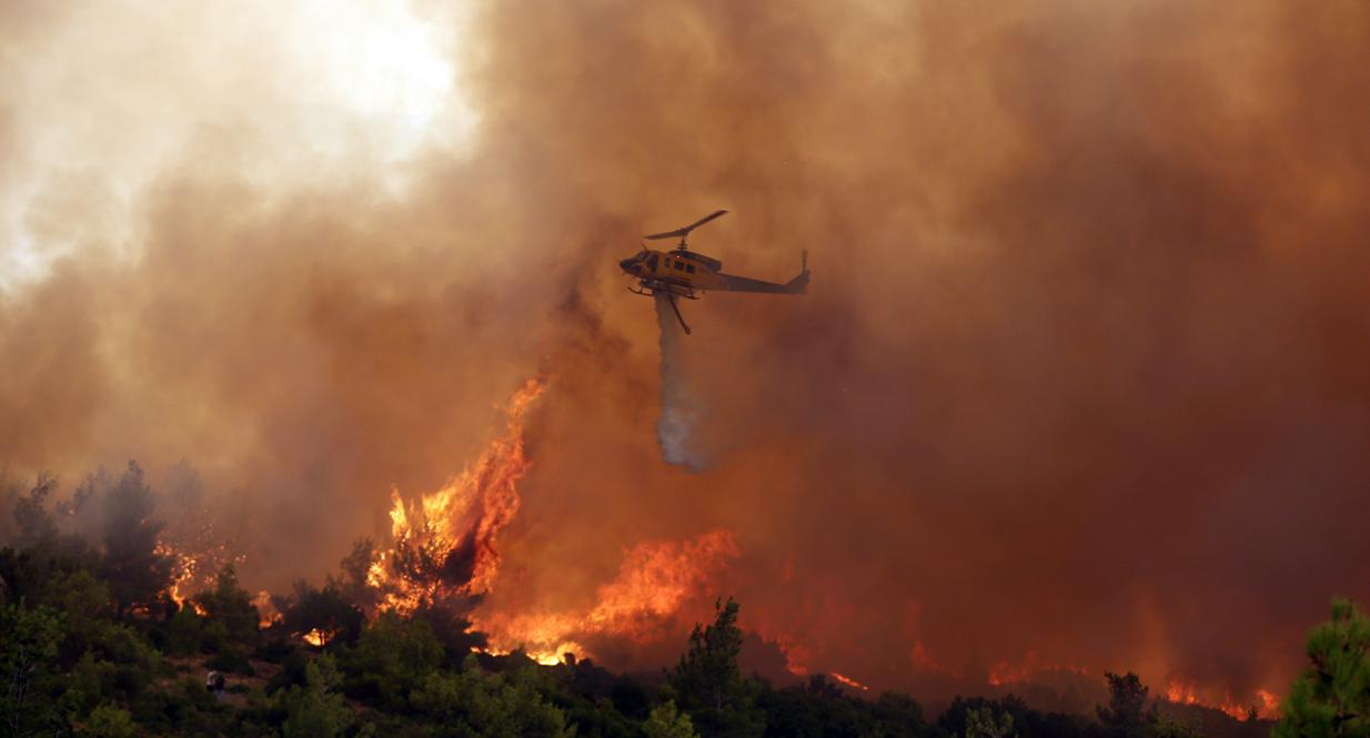 Φωτιά στα Βίλια :  Σοκαριστική μαρτύρια κατοίκου –  Βίντεο