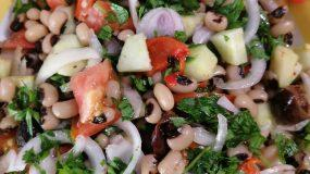 Σαλάτα- με- μαυρομάτικα- και- πιπεριά- Φλωρίνης-