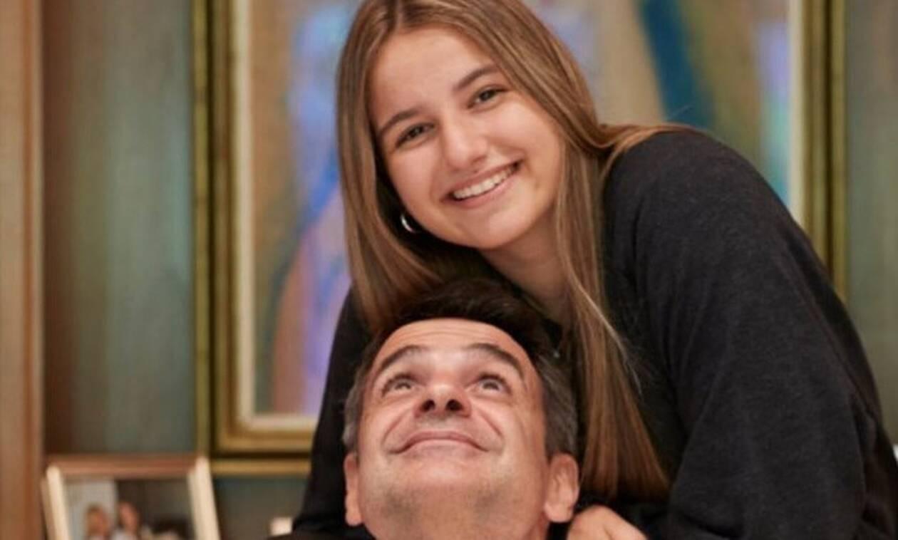 Κυριάκος Μητσοτάκης: Η συγκινητική ανάρτηση για την κόρη του, που ξεκινά σπουδές