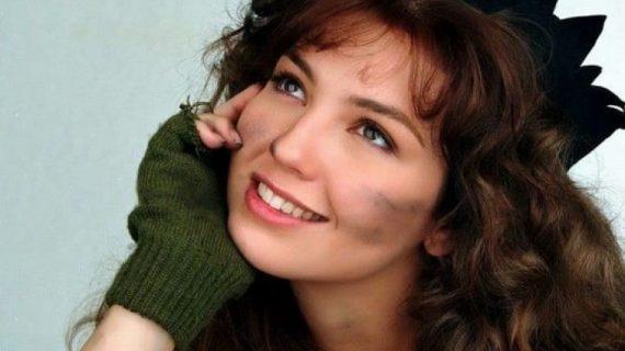 Thalia: Η «Μαρία της γειτονιάς» έγινε 50 χρονών και ο χρόνος δεν την έχει αγγίξει καθόλου! (εικόνες)
