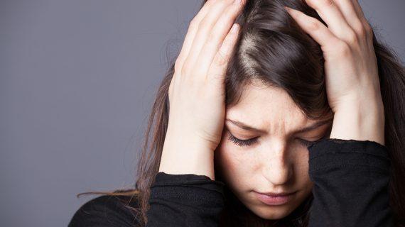 Ερωτική απογοήτευση στην εφηβεία: Οι συμβουλές που πρέπει να δώσουμε στα παιδιά μας