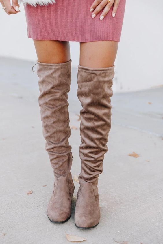 καστόρινες_μπότες_over the knee_για_τις_τάσεις_Φθινόπωρο_Χειμώνας_2021_2022_