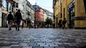Η Ελλάδα θέλει να μιμηθεί το θαύμα της: Οι 2 κινήσεις-ματ της Δανίας που τελείωσαν οριστικά τον κορωνοϊό