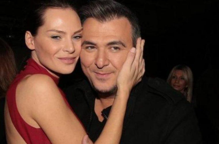 Αντώνης Ρέμος: Στη συναυλία του με την κόρη του- Έχει ψηλώσει πολύ! (εικόνα)