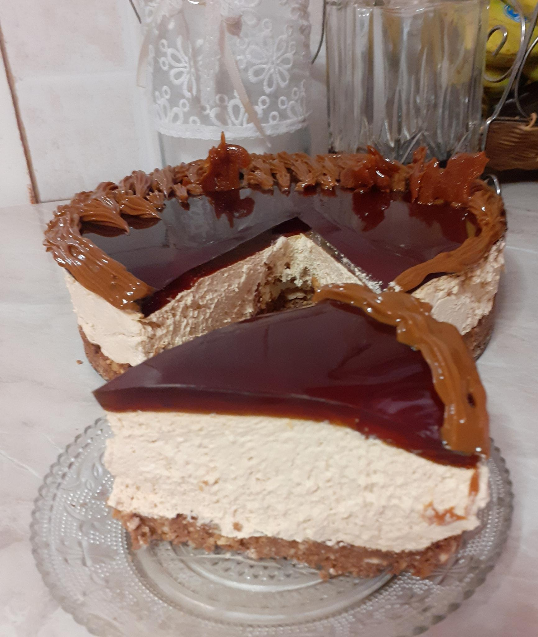 Cheesecake- με -καραμελωμένο -ζαχαρούχο-