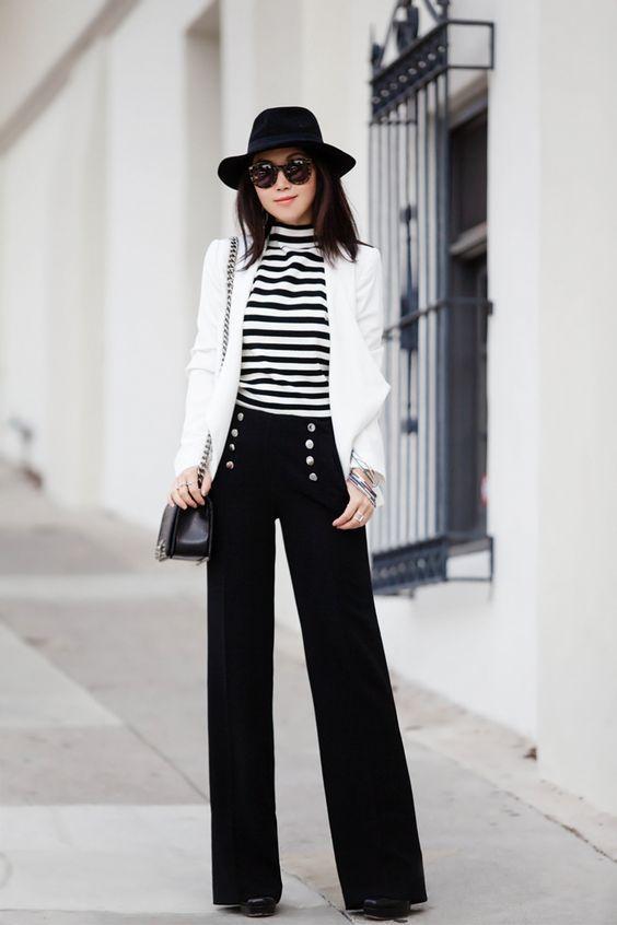 μπλούζα_με_μαύρες ρίγες_λευκό_σακάκι_μαύρο_καπέλο_και_μαύρο_παντελόνι_