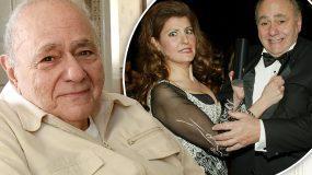 Πέθανε ο αγαπημένος Έλληνας «μπαμπάς» από το γάμος αλλά ελληνικά-Το συγκινητικό «αντίο» από τη Νία Βαρντάλος