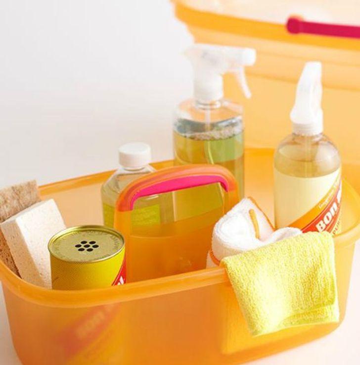 16 έξυπνα κόλπα για την καθαριότητα του σπιτιού που θα μας λύσουν τα χέρια