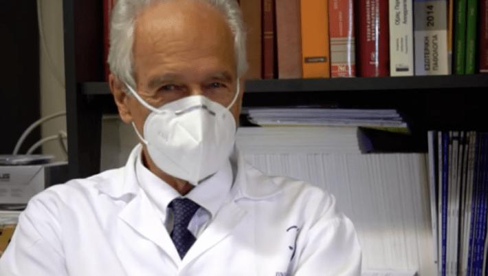 Δεν κρύβεται: Ο καθηγητής Γουργουλιάνης με 1 φωτό δείχνει την αλήθεια για τους πλήρως εμβολιασμένους που νοσηλεύονται (Pic)