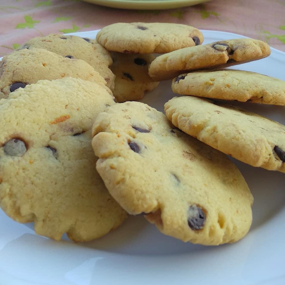 Cookies-πορτοκαλιού-με-σταγόνες-σοκολάτας-