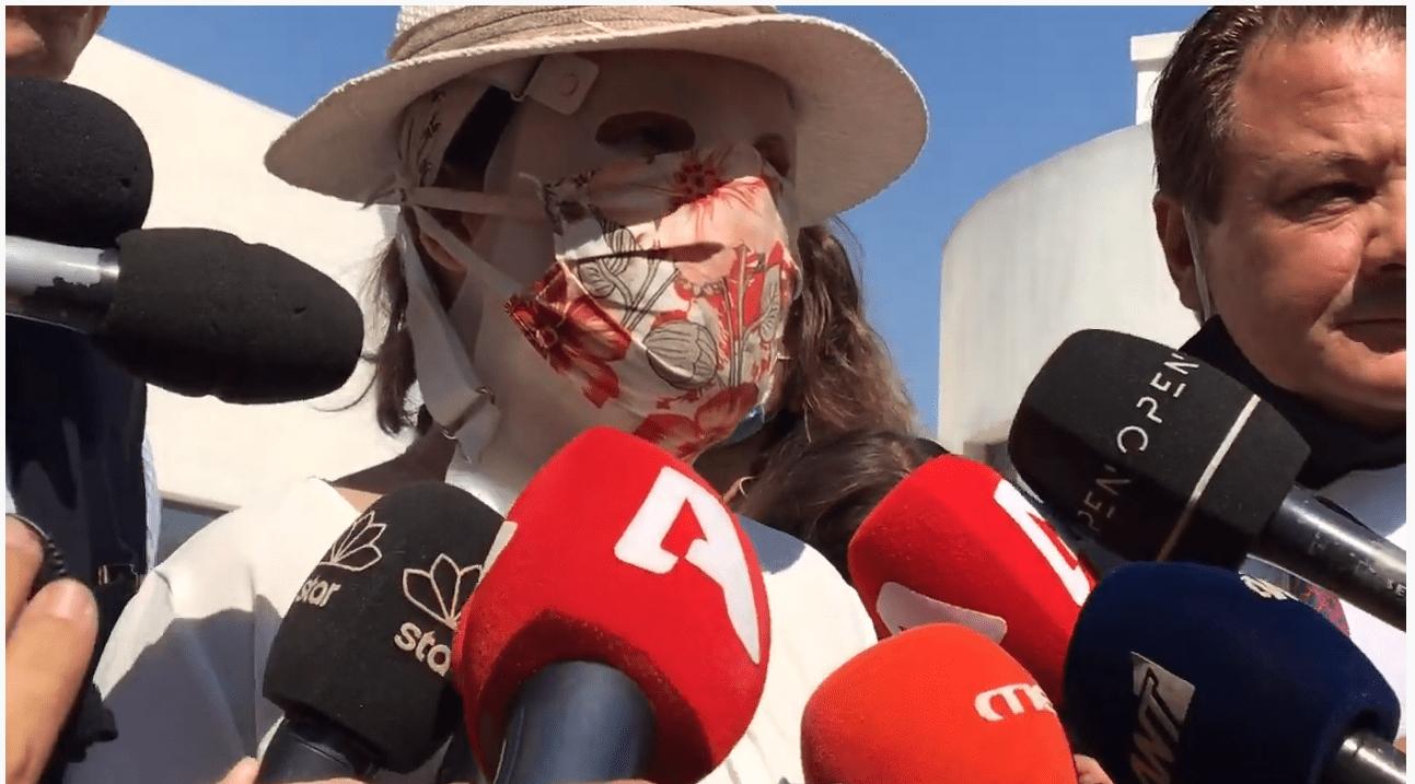 Επίθεση με βιτριόλι: Οι πρώτες δηλώσεις της Ιωάννας Παλιοσπύρου μετά την διακοπή της δίκης (βίντεο)
