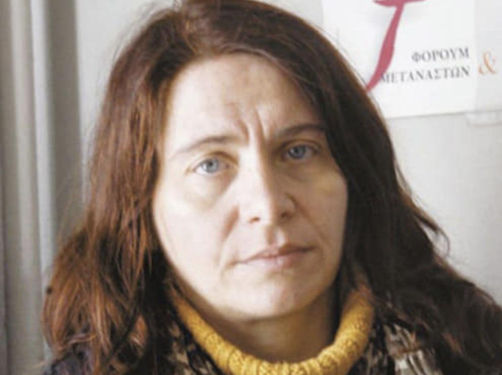 Κωνσταντίνα Κούνεβα-χωρίς γυαλιά-